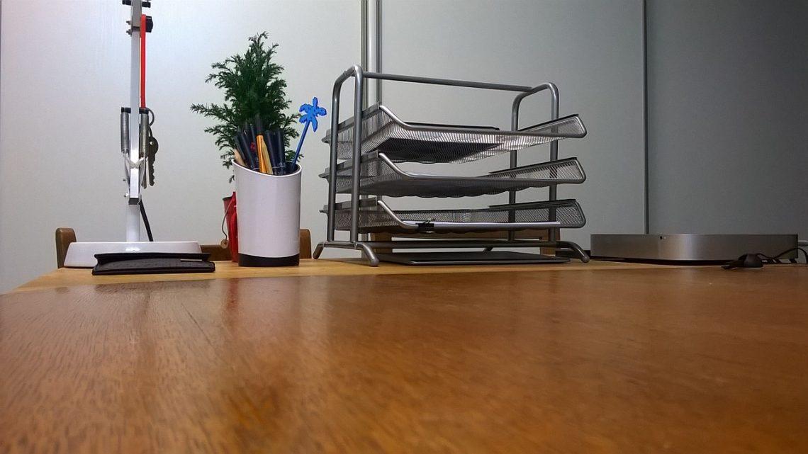 Regularne sprzątanie biura – dlaczego jest tak ważne?